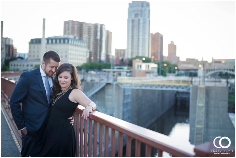 Minneapolis Minnesota Engagement Portraits Minnehaha Falls_0021.jpg