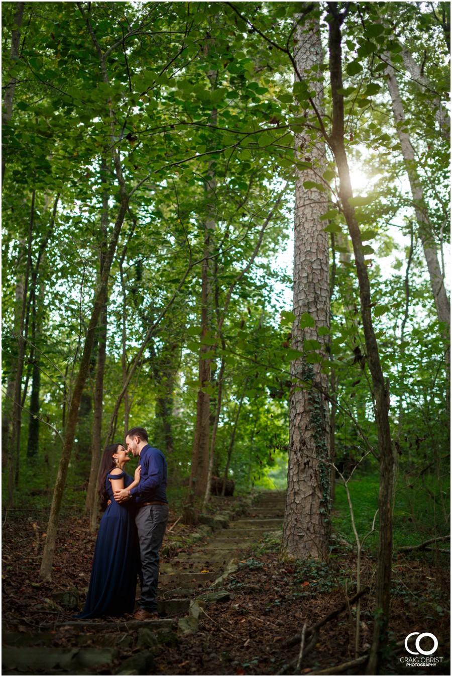 Emory-Lullwater-Park-Engagement-Portraits_0015.jpg