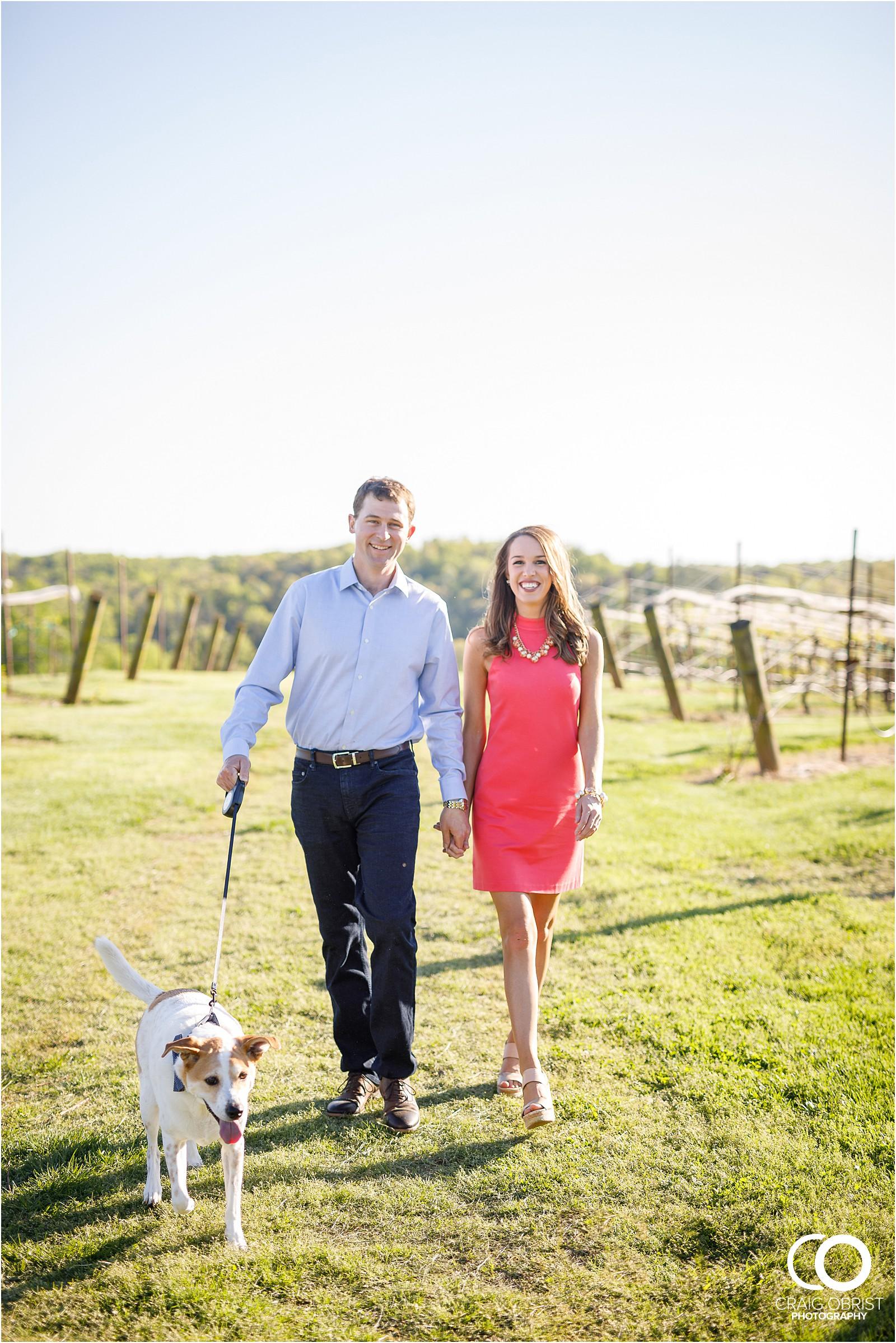 Montaluce Winery Vinyard Engagement Portraits_0008.jpg