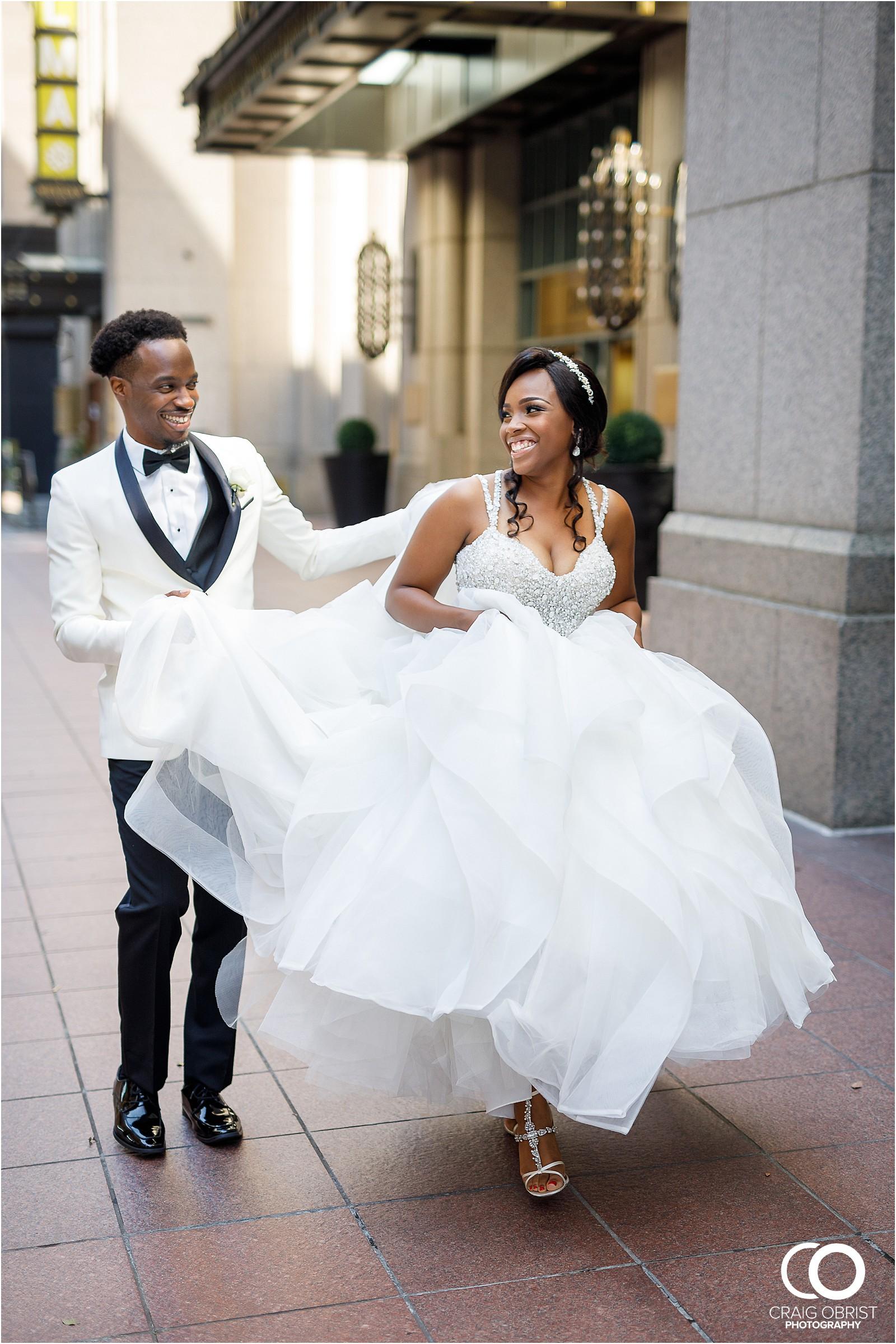 200 peachtree southern exchange wedding portraits atlanta skyline_0057.jpg