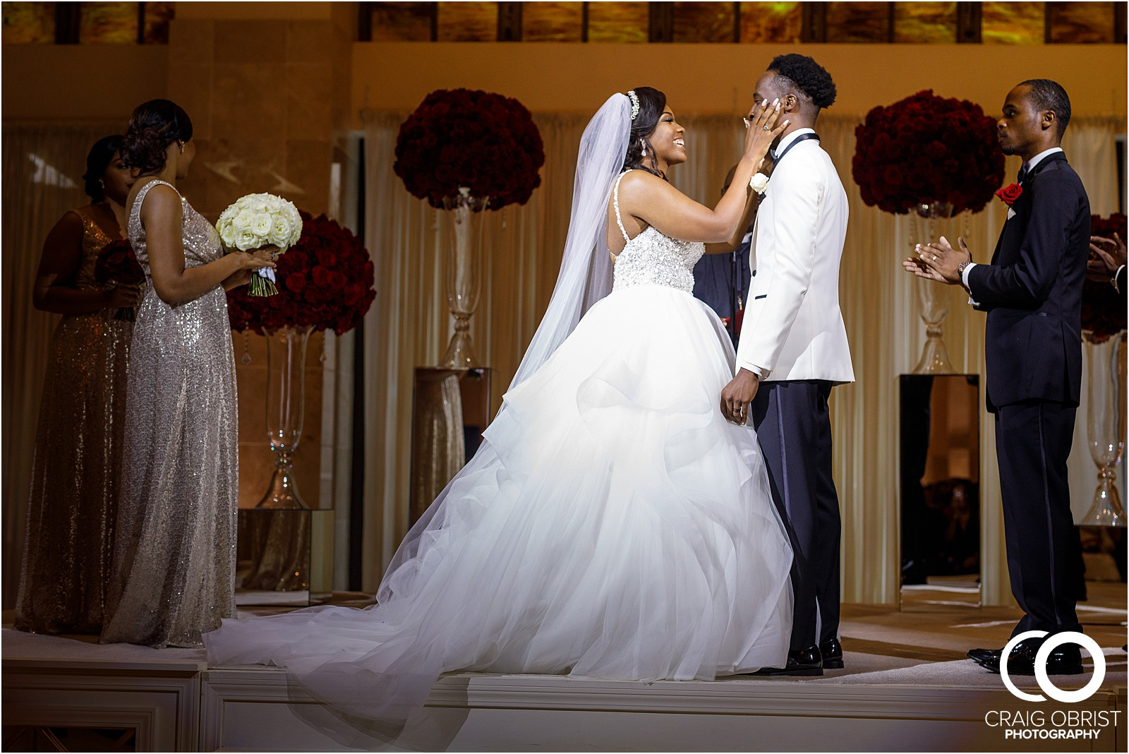 200 peachtree southern exchange wedding portraits atlanta skyline_0072.jpg