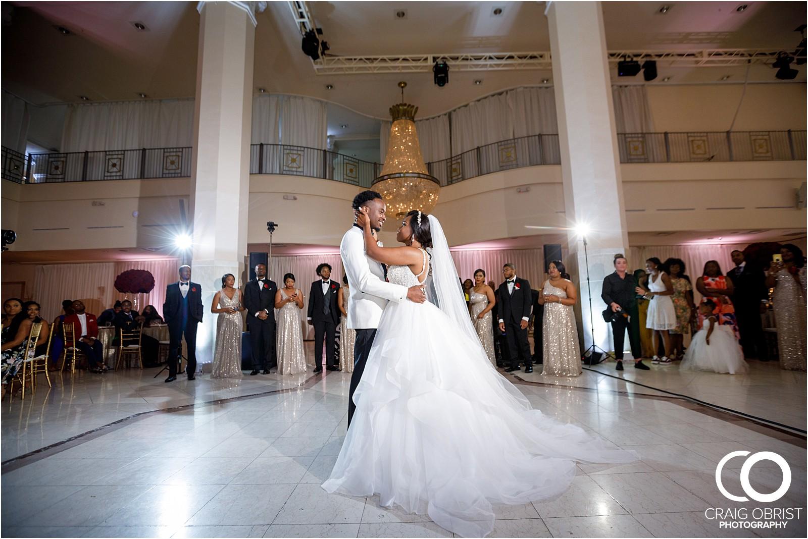 200 peachtree southern exchange wedding portraits atlanta skyline_0084.jpg