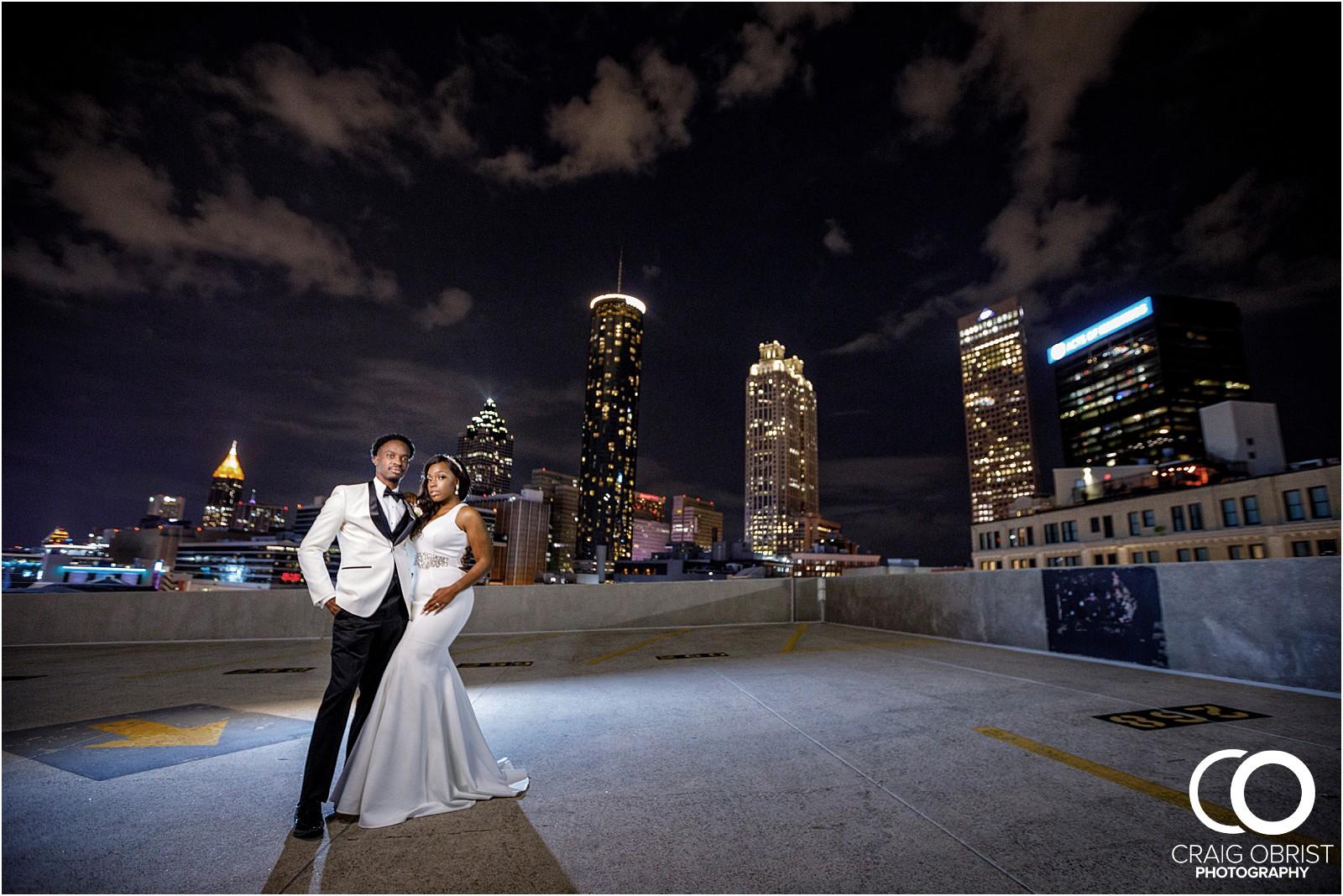 200 peachtree southern exchange wedding portraits atlanta skyline_0102.jpg