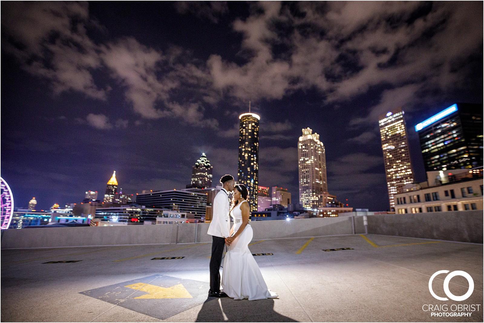 200 peachtree southern exchange wedding portraits atlanta skyline_0103.jpg
