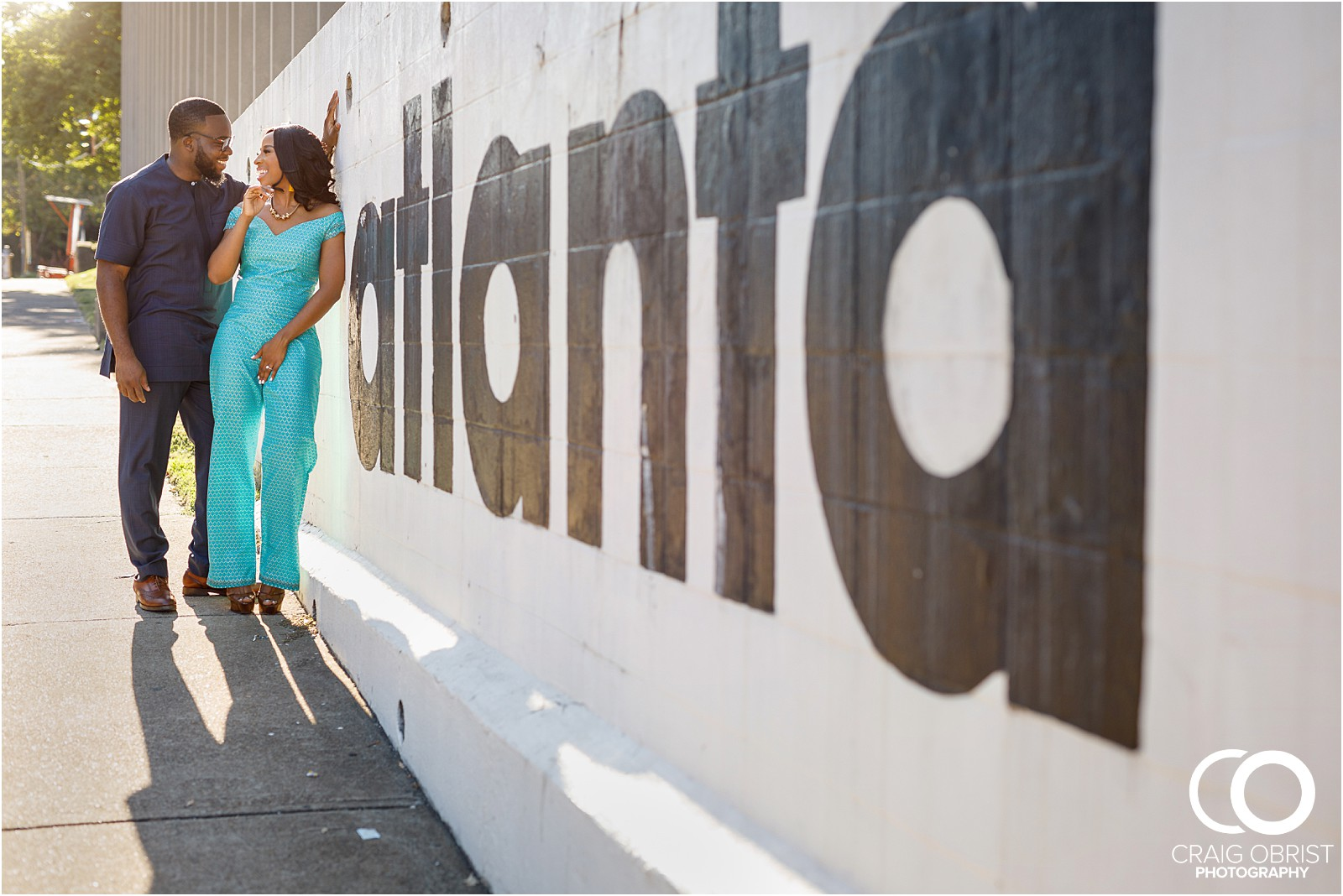 Atlanta Instagram Engagement Portraits Mural Skyline Sunset_0001.jpg