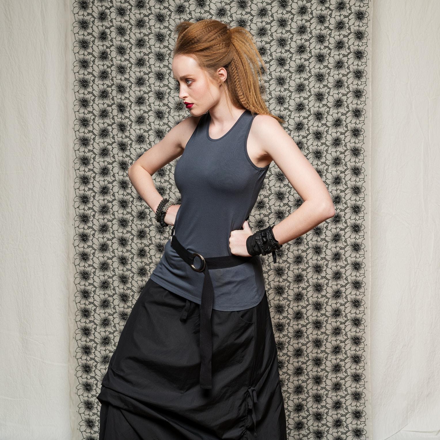 Obsidian Top, Marmalade Skirt & Circle Belt
