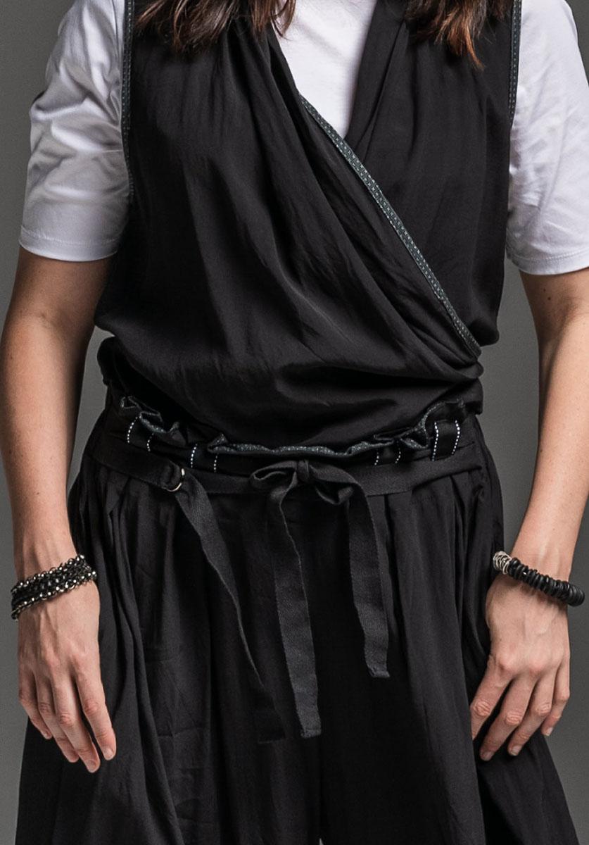 Sibyl tee, Seer vest + Ritual pant