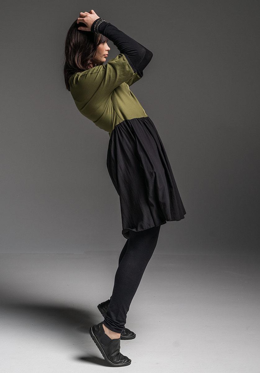 Druid dress + Lanky legs