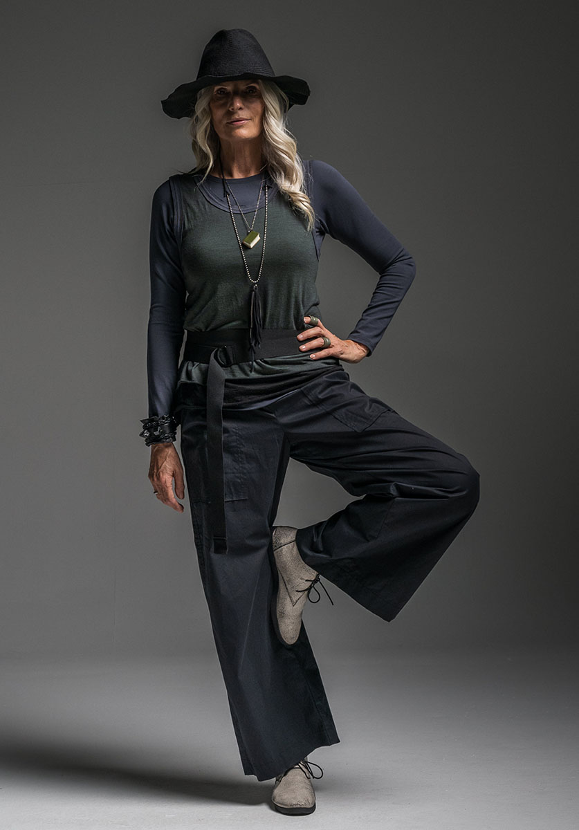 Multitude top, Oracle vest, Elastic belt + Helen pant