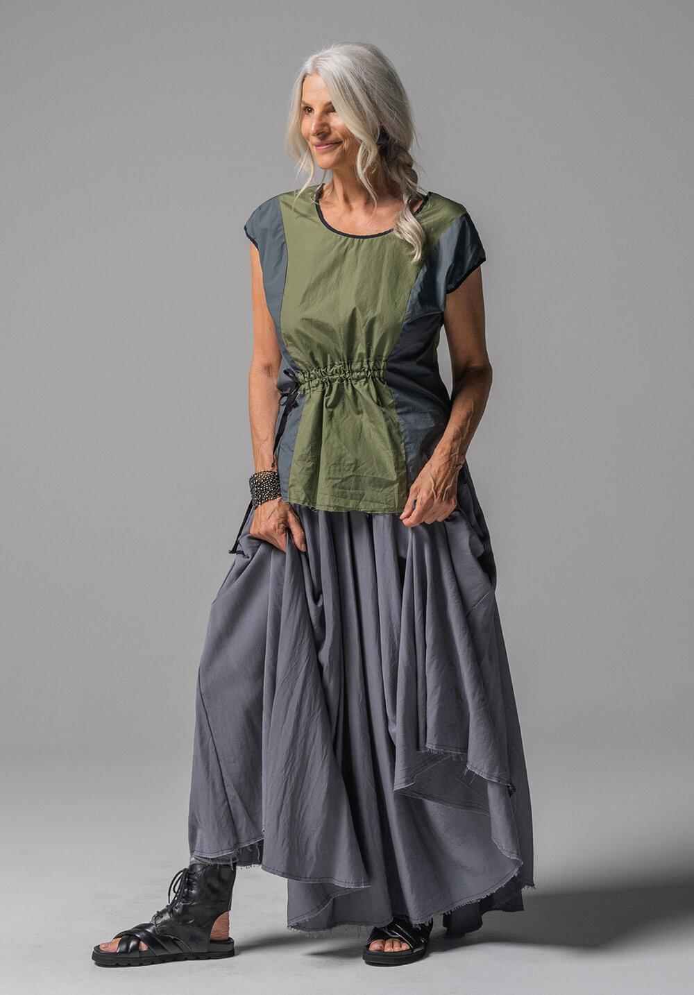 Ghost top + Fade maxi skirt