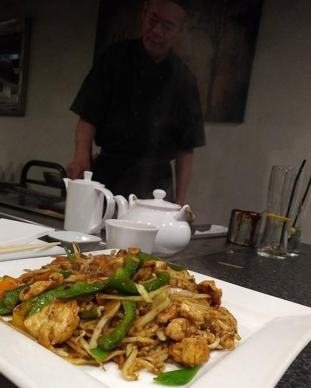 Stir-fried Yaki Udon Noodles freshly made on the spot! 🍜🤤 . We have some great noodle options on our menu: Yakisoba or Udon Noodles with a choice of Vegetable, Chicken Fillet, Sirloin, or King Prawn. . [📷: GusBan (TripAdvisor)]