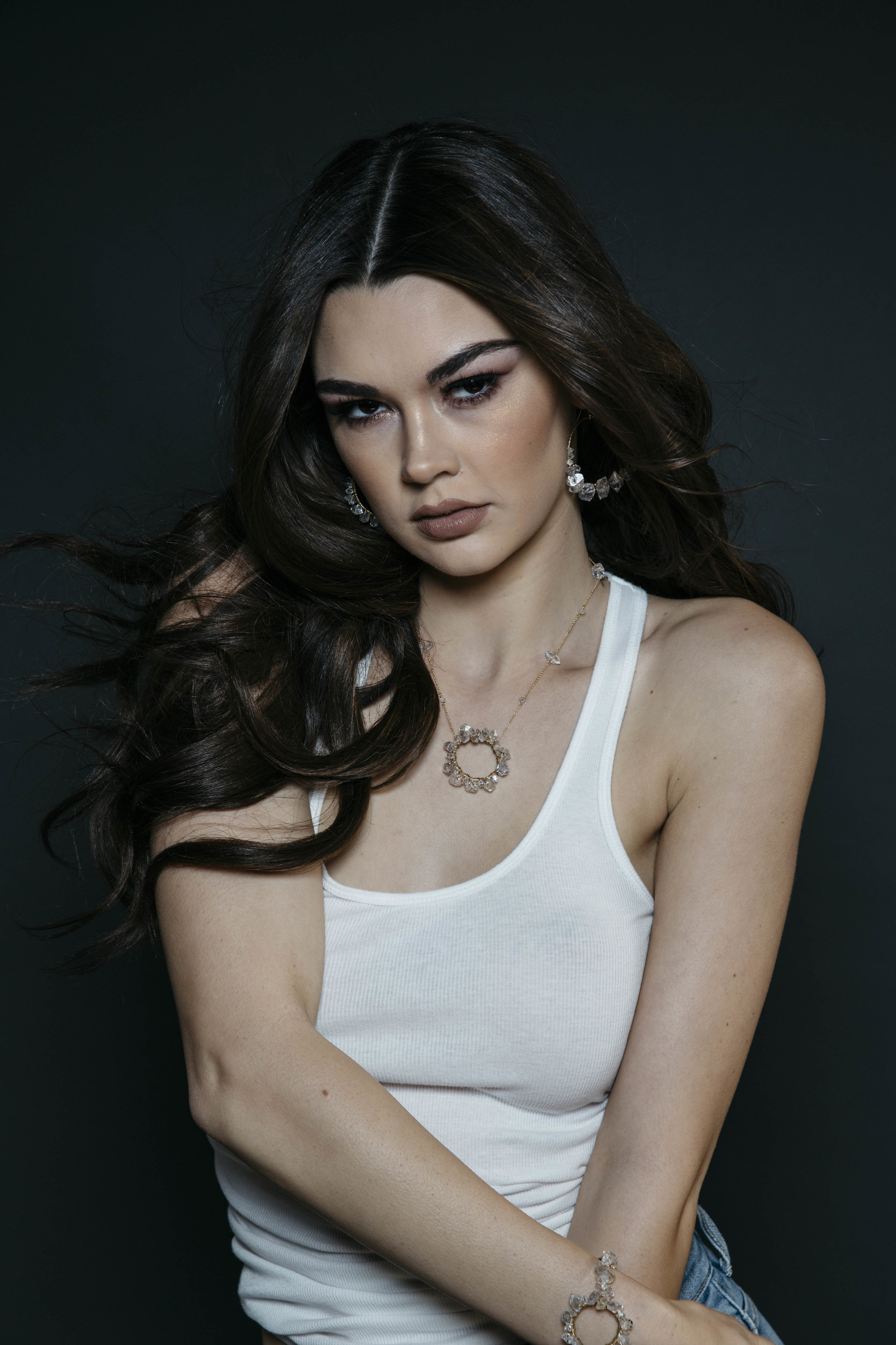 model wearing circle herkimer diamond pendant necklace