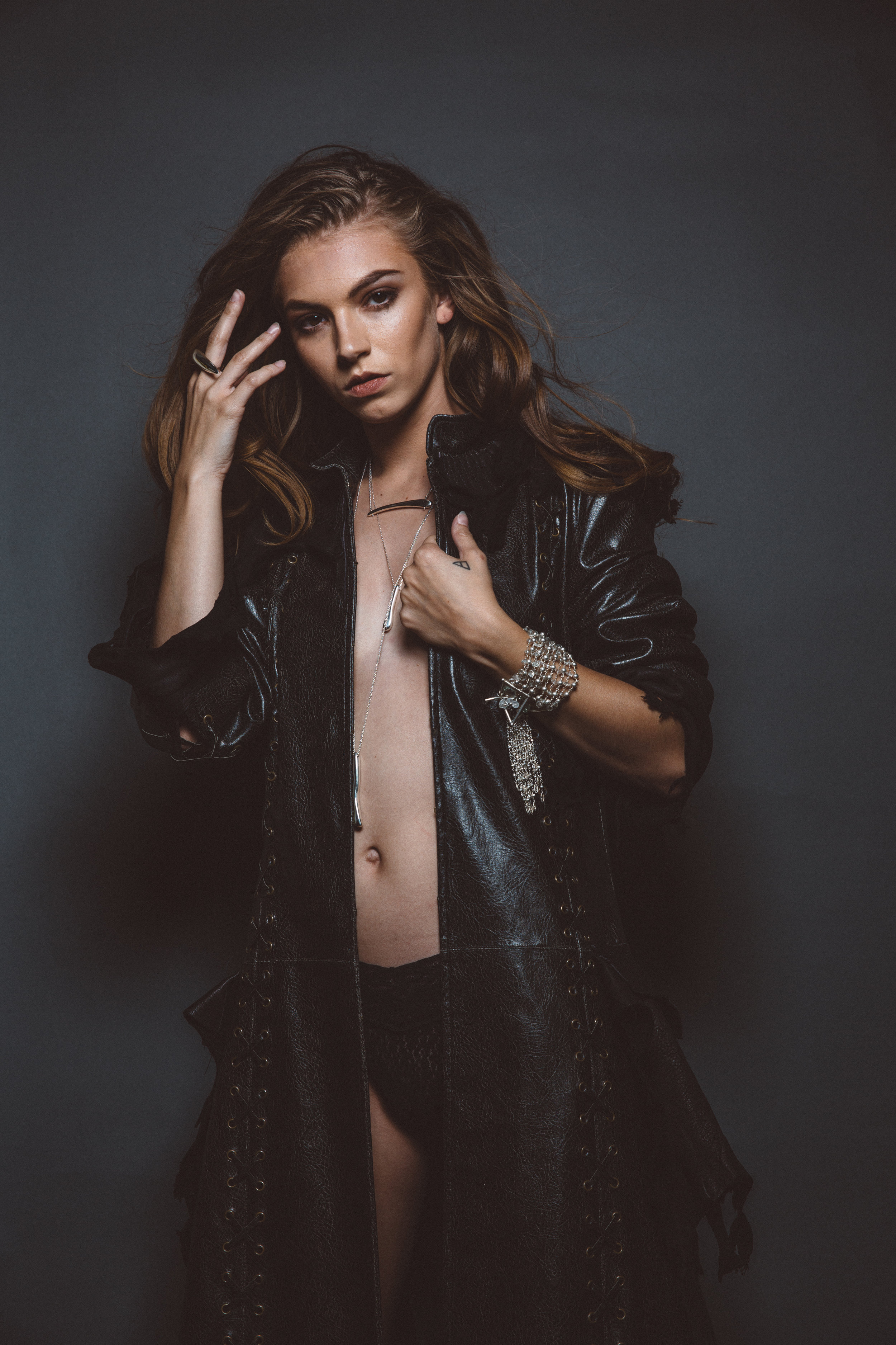 model wearing casted sterling silver talon ring