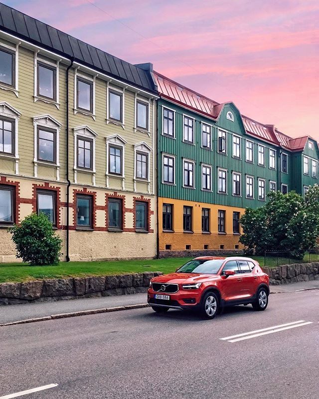 Some shots just scream #gothenburg 📷 by @victorpurnomo #volvo #xc40 #notxc90 #carporn #volvocars #scandinavia #göteborg #thisisgburg #thisisgbg #sweden #automotive