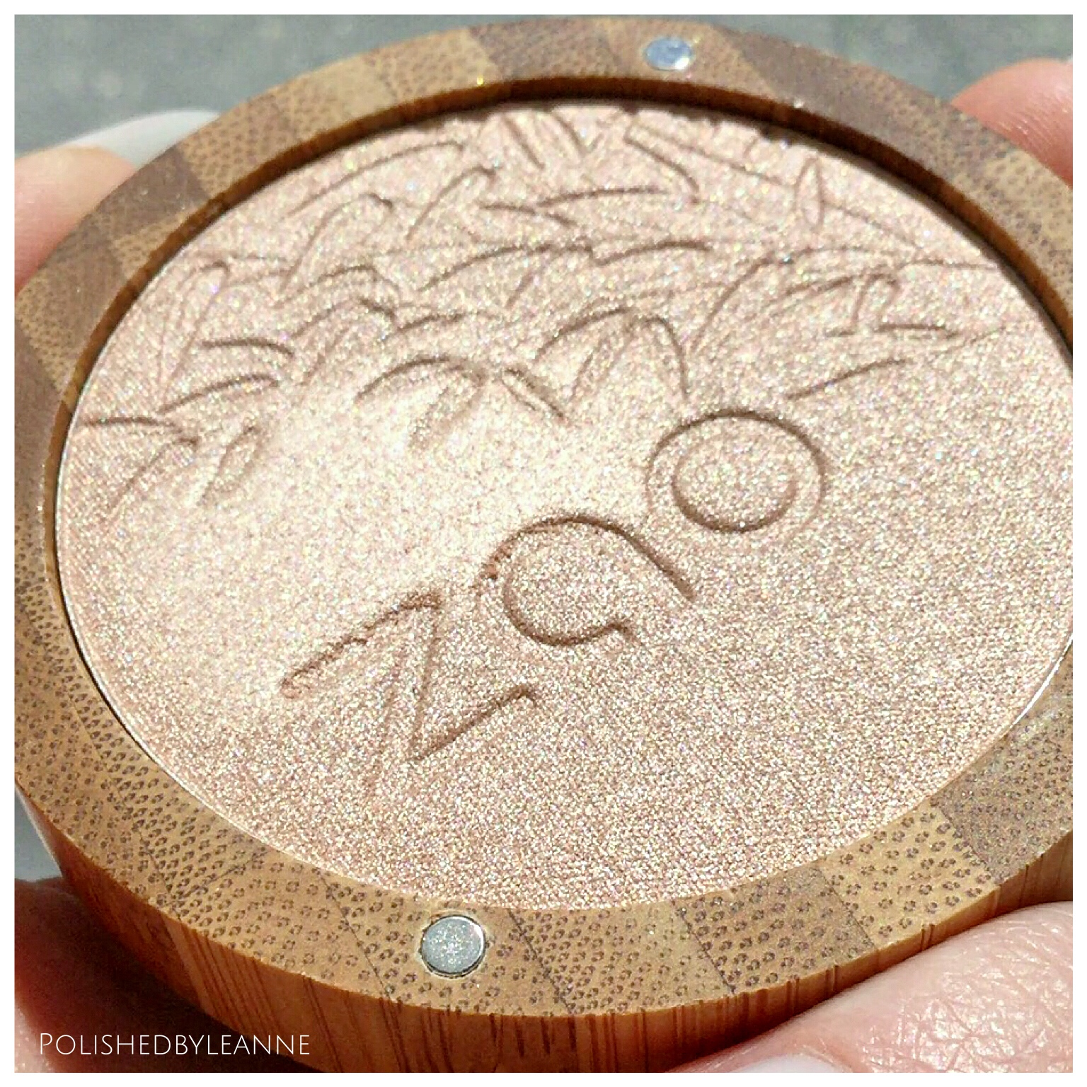 Zao Make Up Shine Up Powder Highlighter