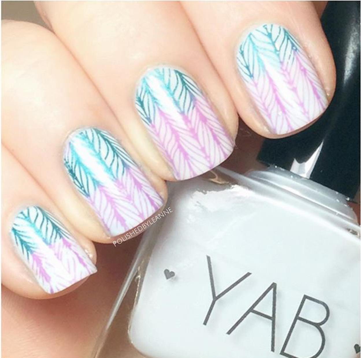 Knitty Nails