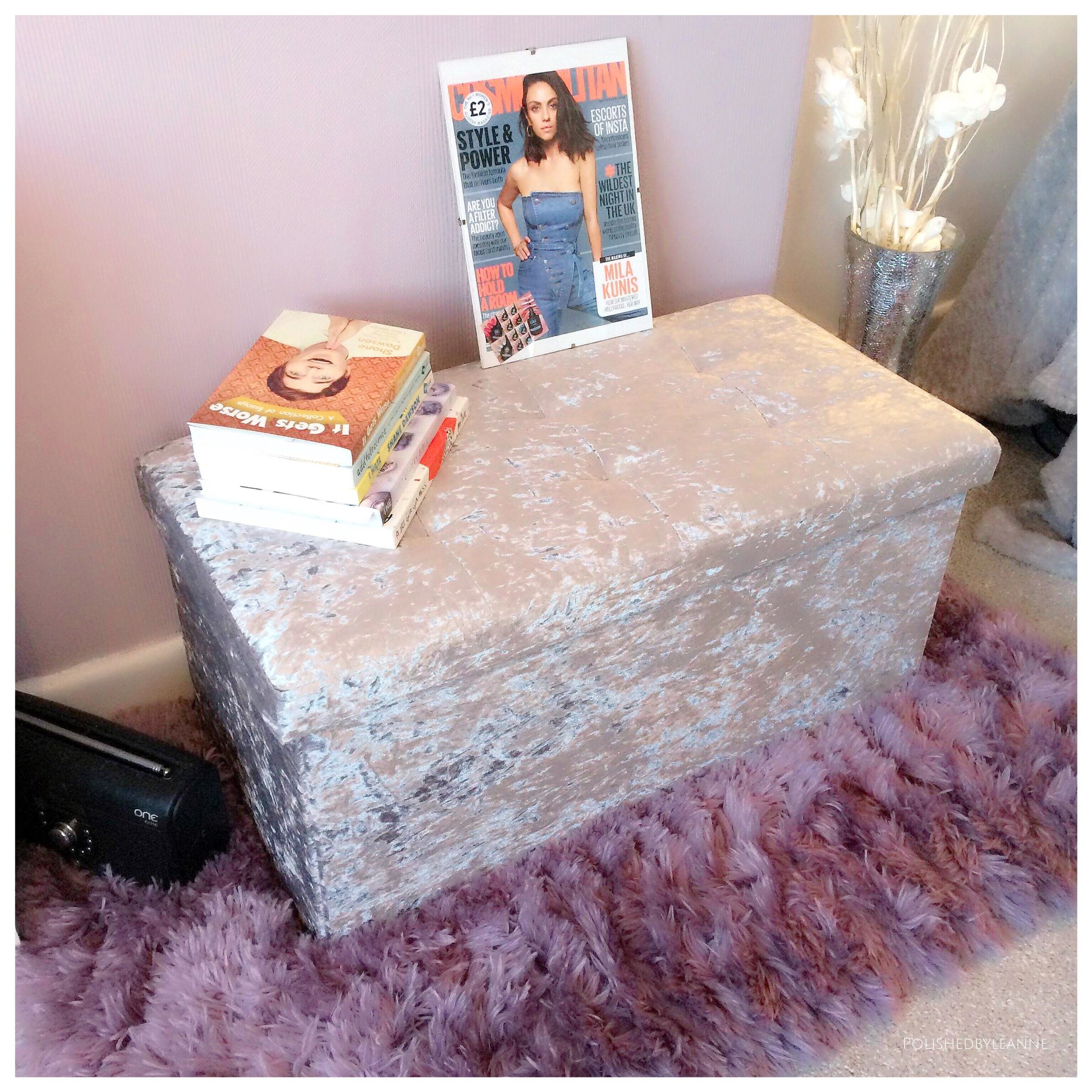 Beauty/Blog Room