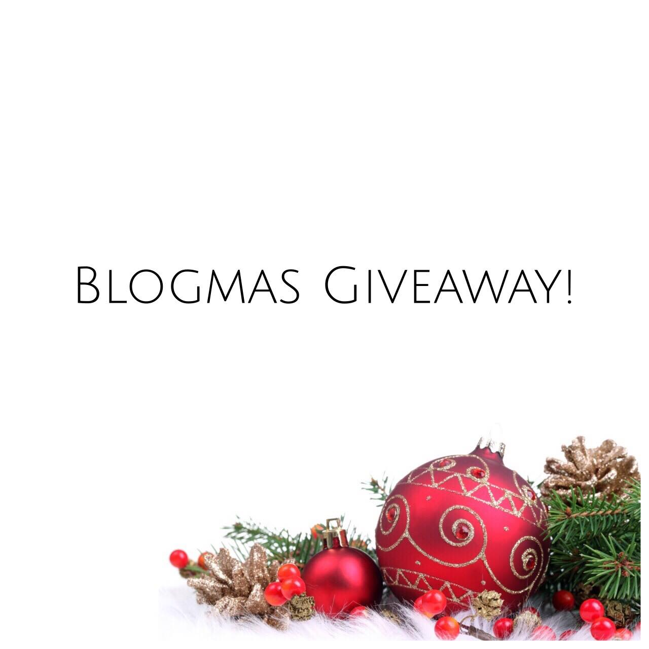 Blogmas Giveaway