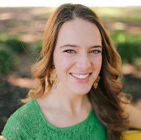 Lindsey-Marie-Aldaco-Manner.jpg