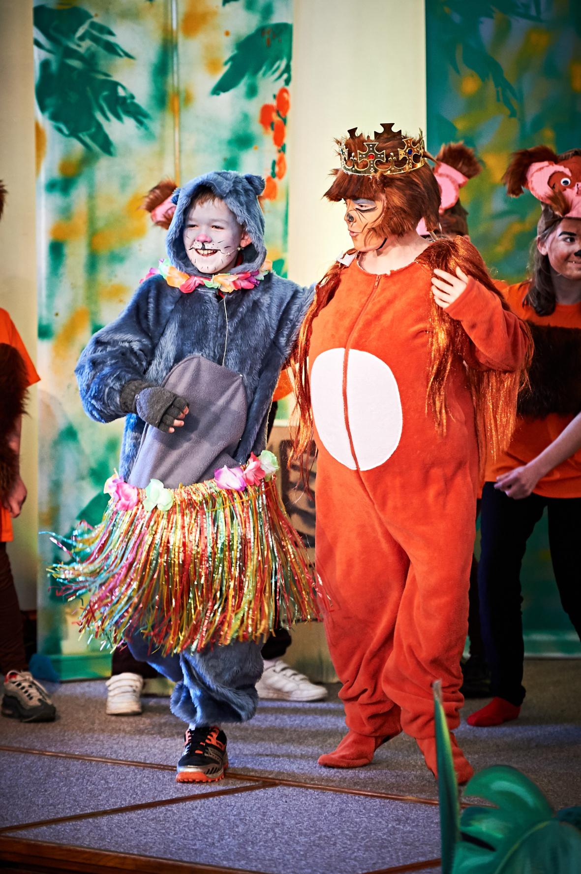Maldon Court Prep school - Learning - Singing - School photography - Drama - Acting