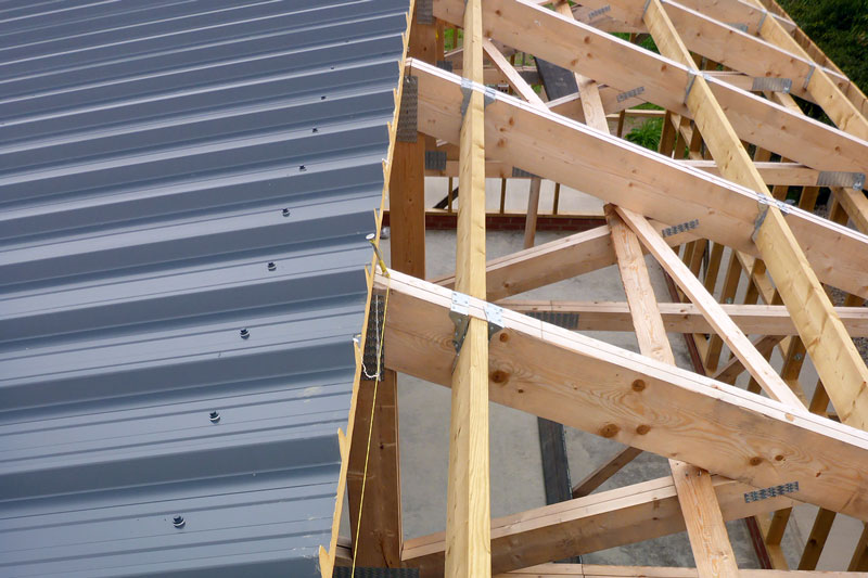 Installing the insulated roof sheets
