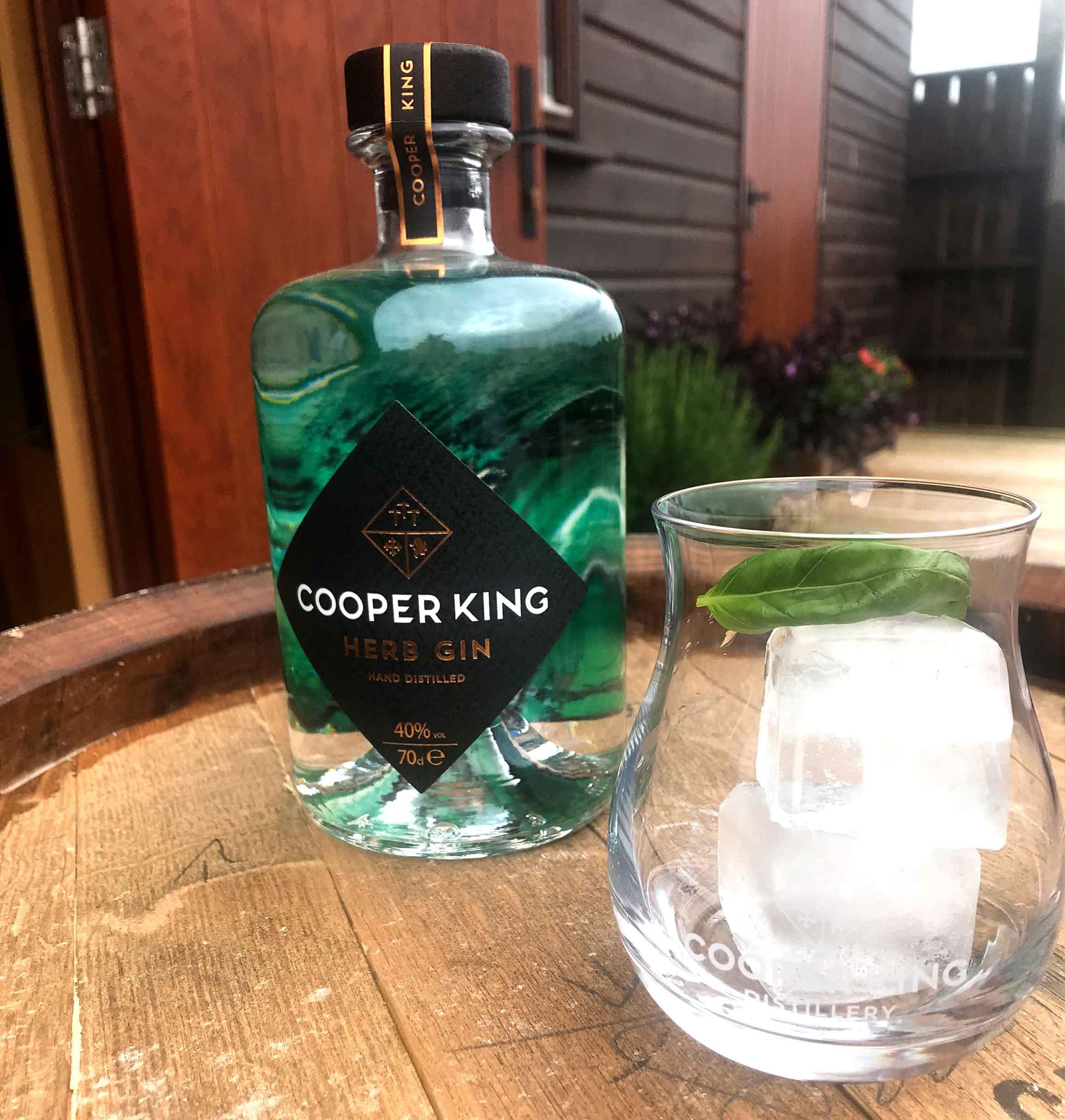 cooper-king-herb-gin-tonic.jpg