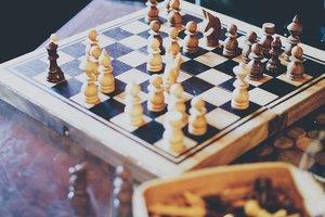 11_chess.jpg