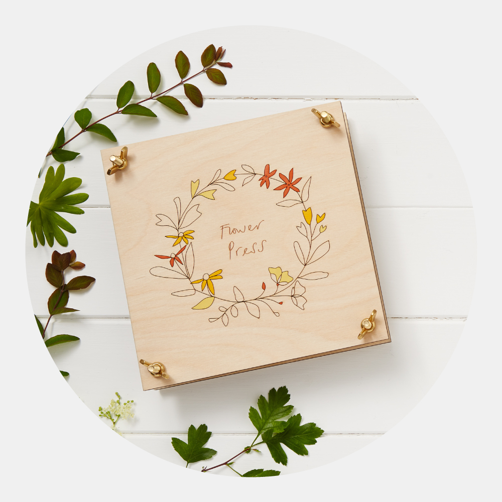 Flower Press - This beautiful wooden flower press with pretty etched floral design makes the perfect item to preserve blooms from that special occasion or from your own Summer garden.