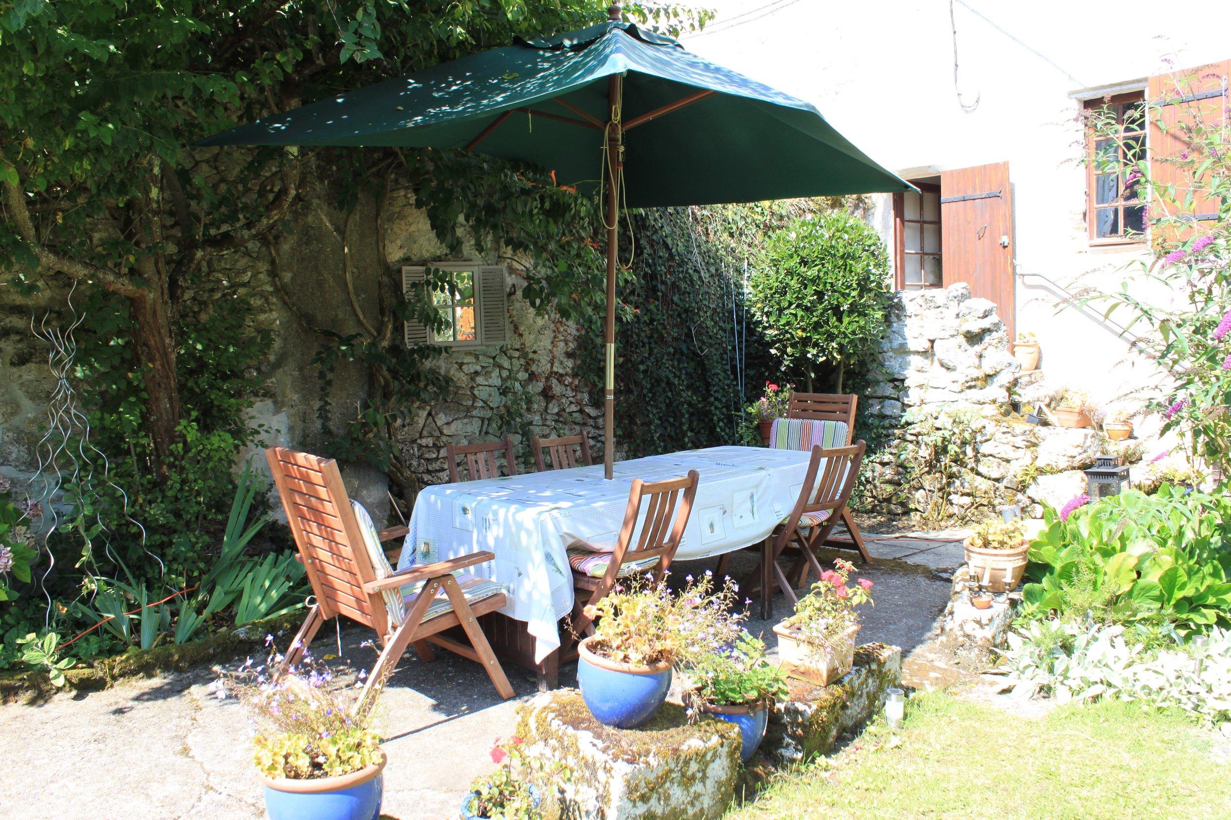 Family garden tables