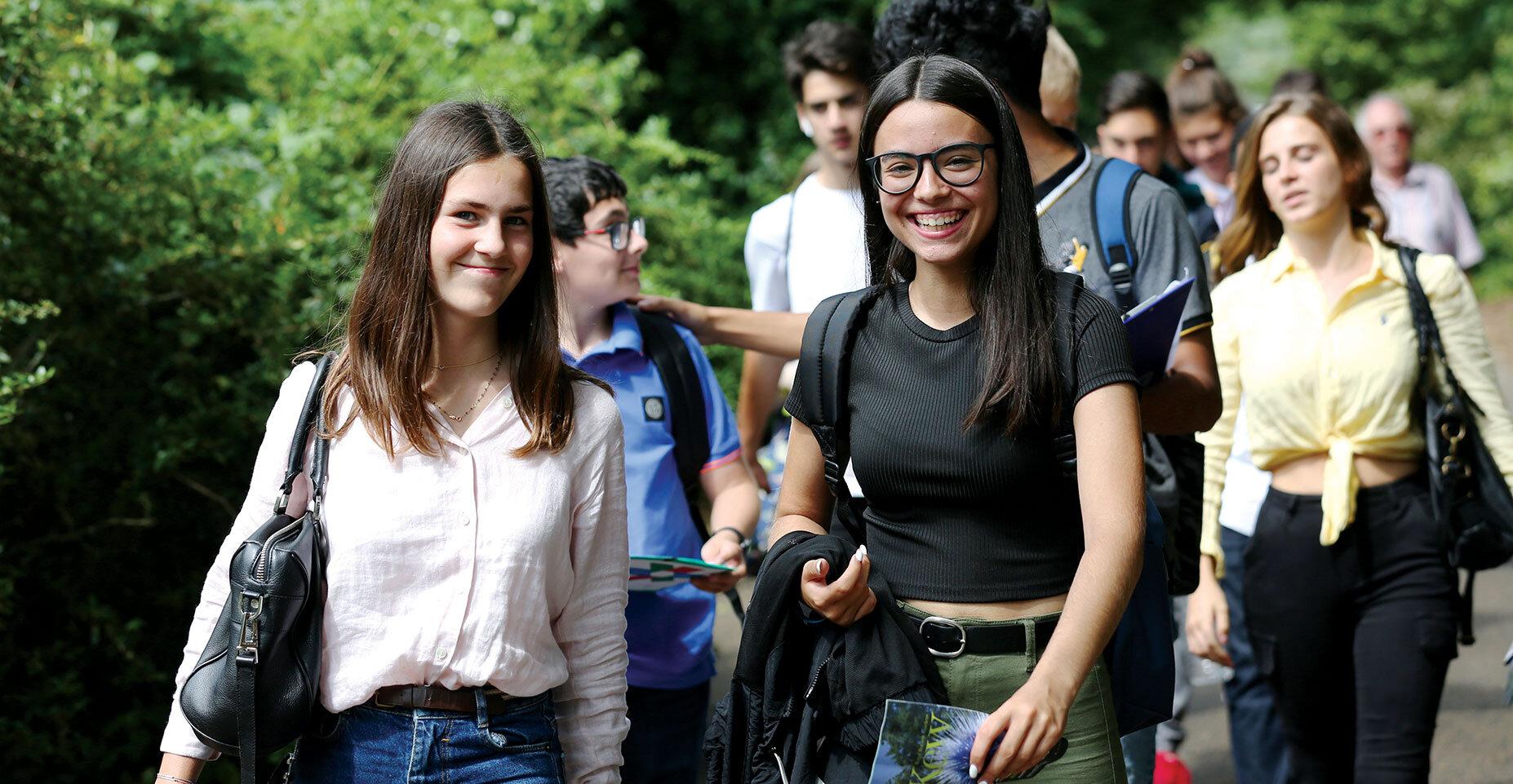 BOOK SUMMER SCHOOL 2020 -
