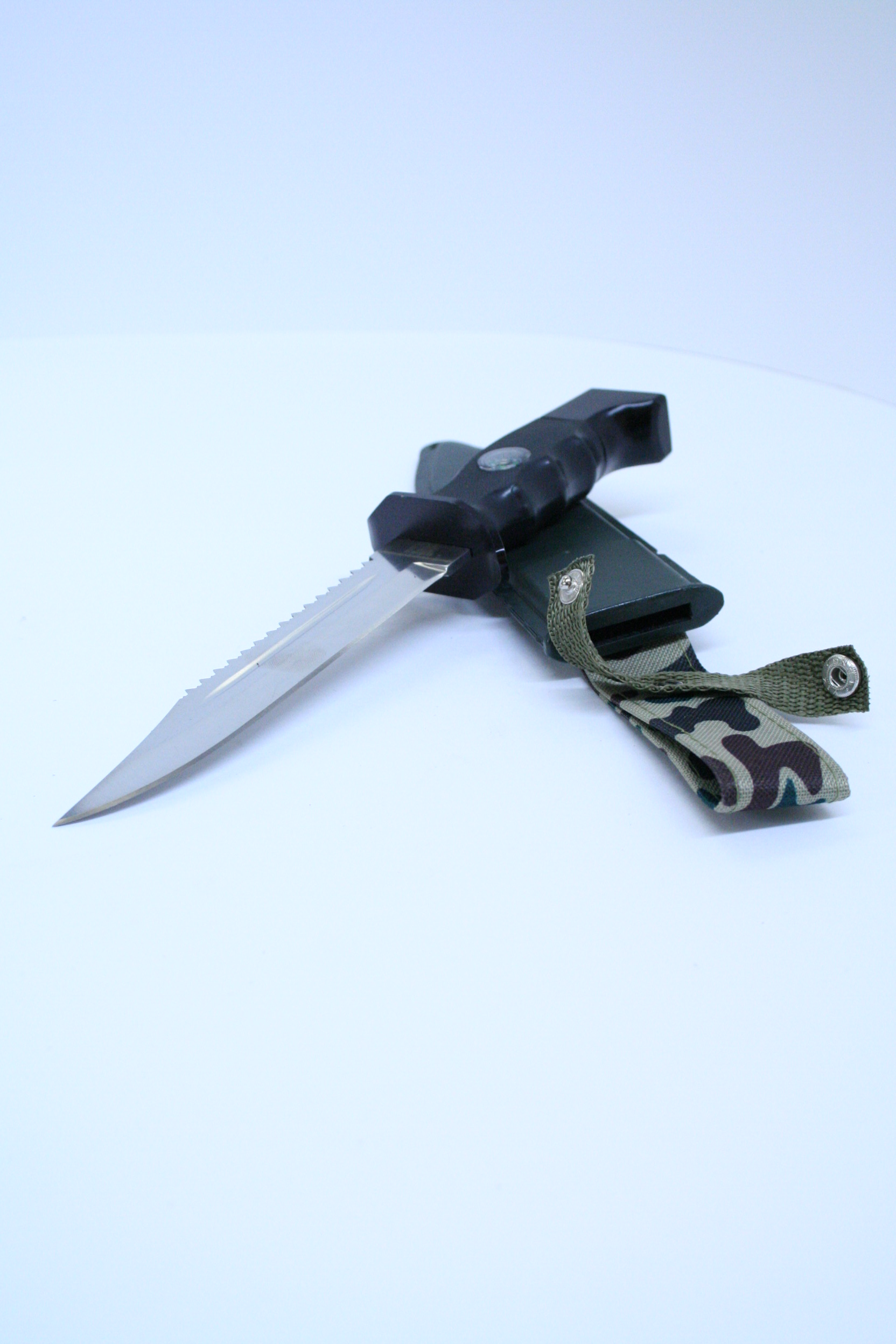 Army knife, we have a lot of more in stock.