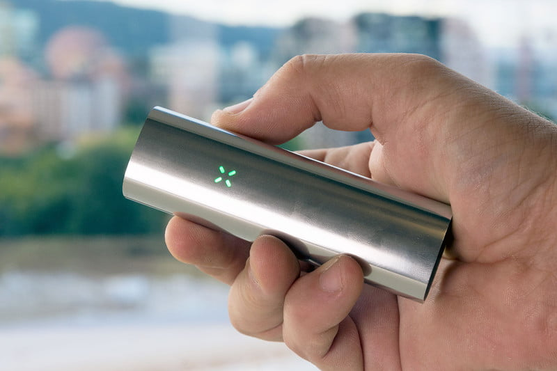 PAX3-A True Dual-Use Portable Vaporizer For Both Loose Leaf And Extract.