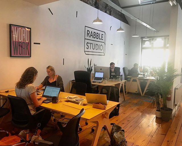 Co-working has been proven to have so many benefits, from increased productivity to gaining valuable networking connections.  Besides that, who wouldn't want to spend their time in a beaut office, surrounded by amazing people and the cutest doggos? 🐶🌿🌞 • #creativecardiff #cardiffcoworking #cardifffreelancers