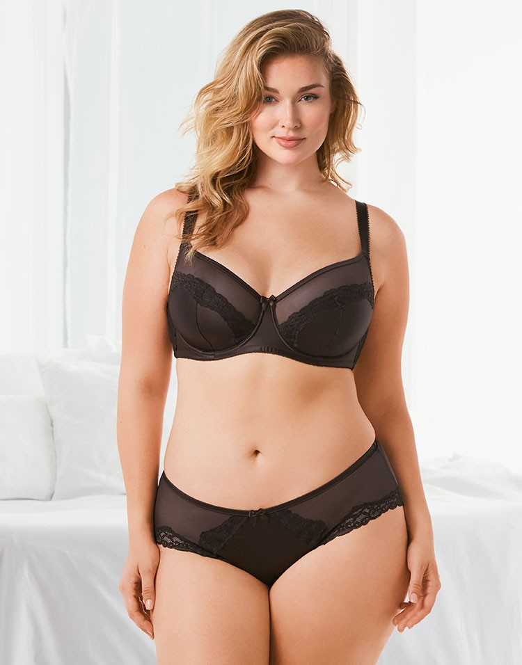 Adore Me Model Hunter McGrady Wearing Bra and Panty Set