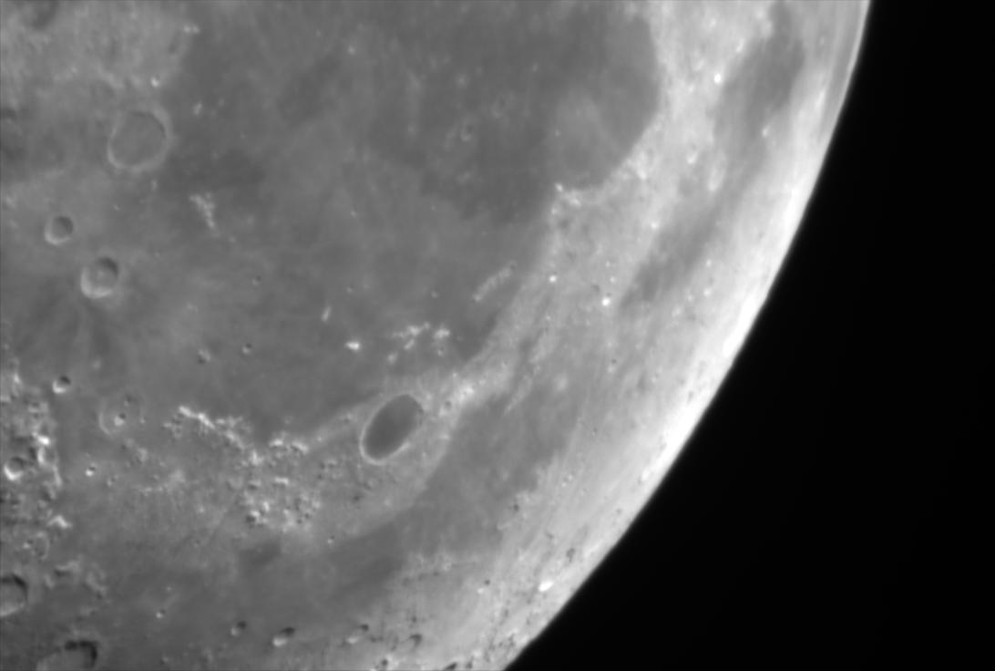 moon2b.png