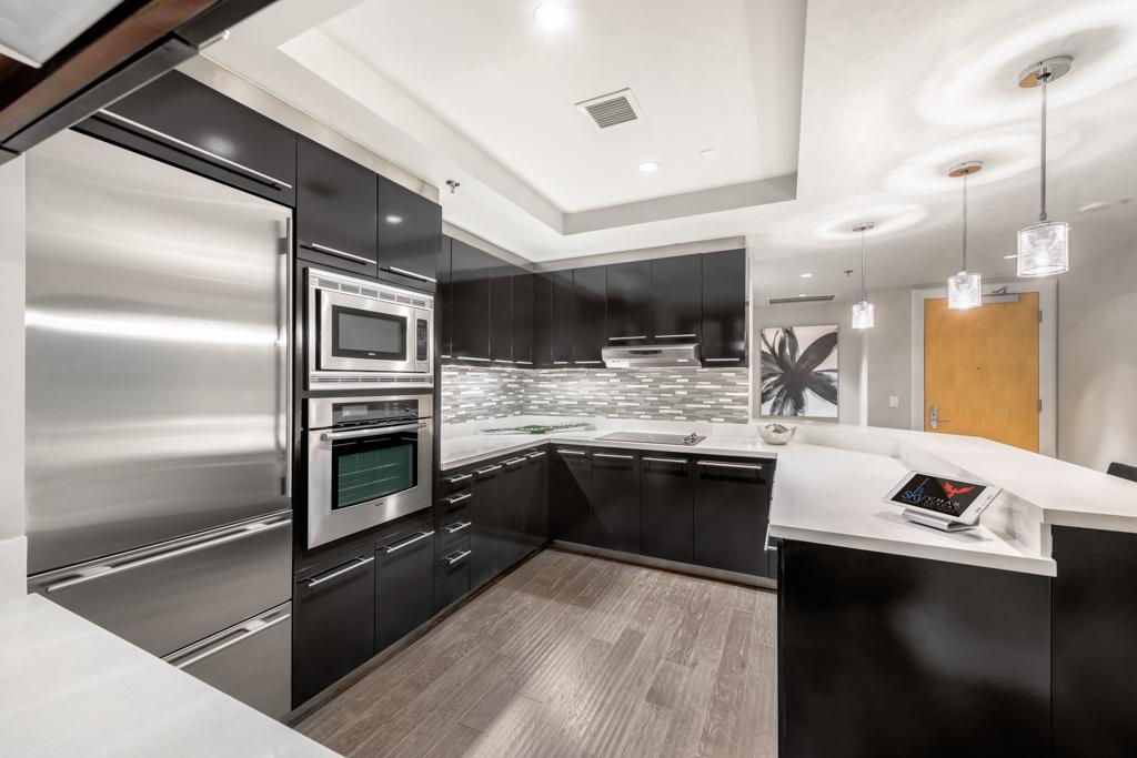Sky-Unit-2302-Kitchen.jpg
