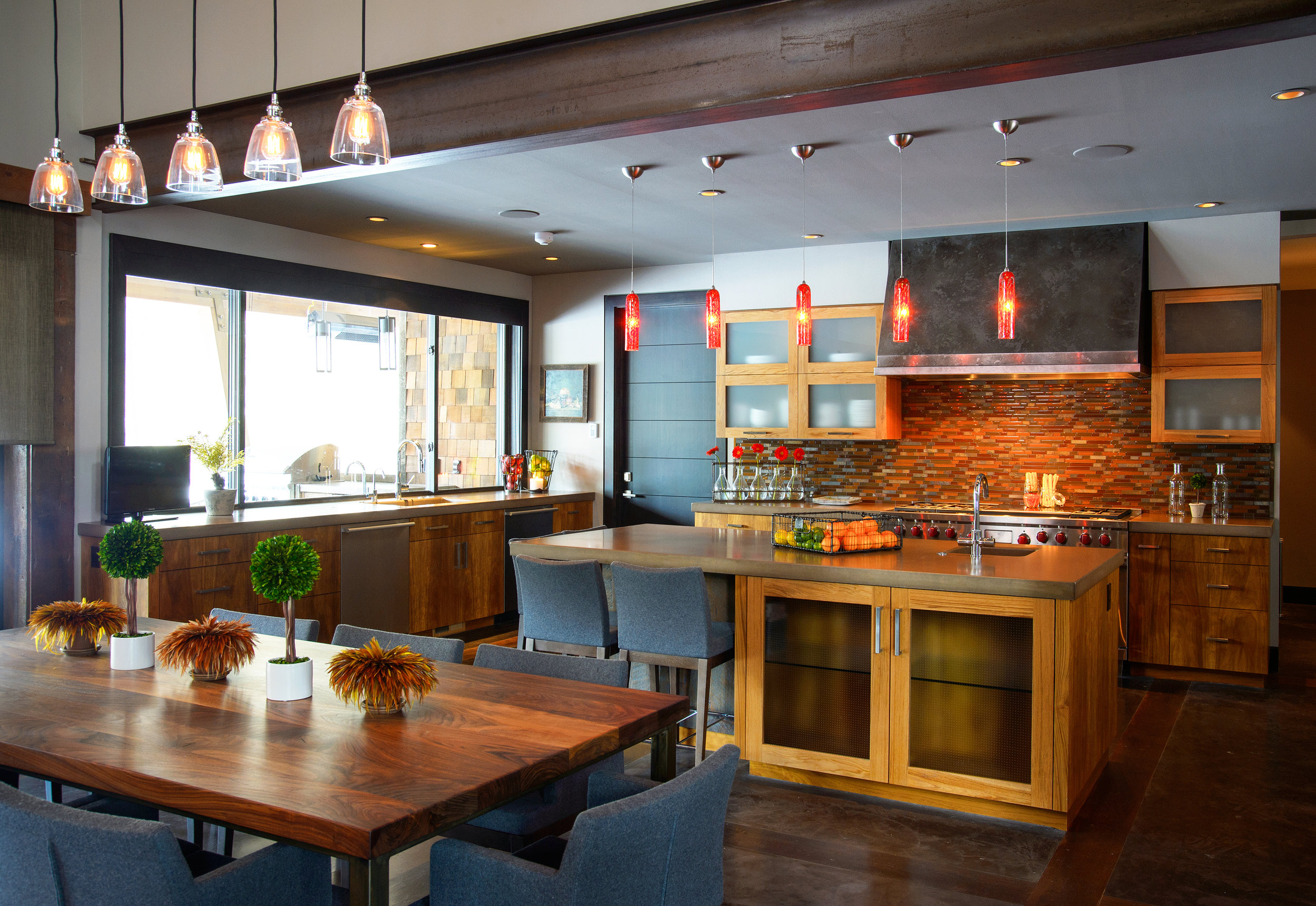 Kitchen from dining close up.jpg