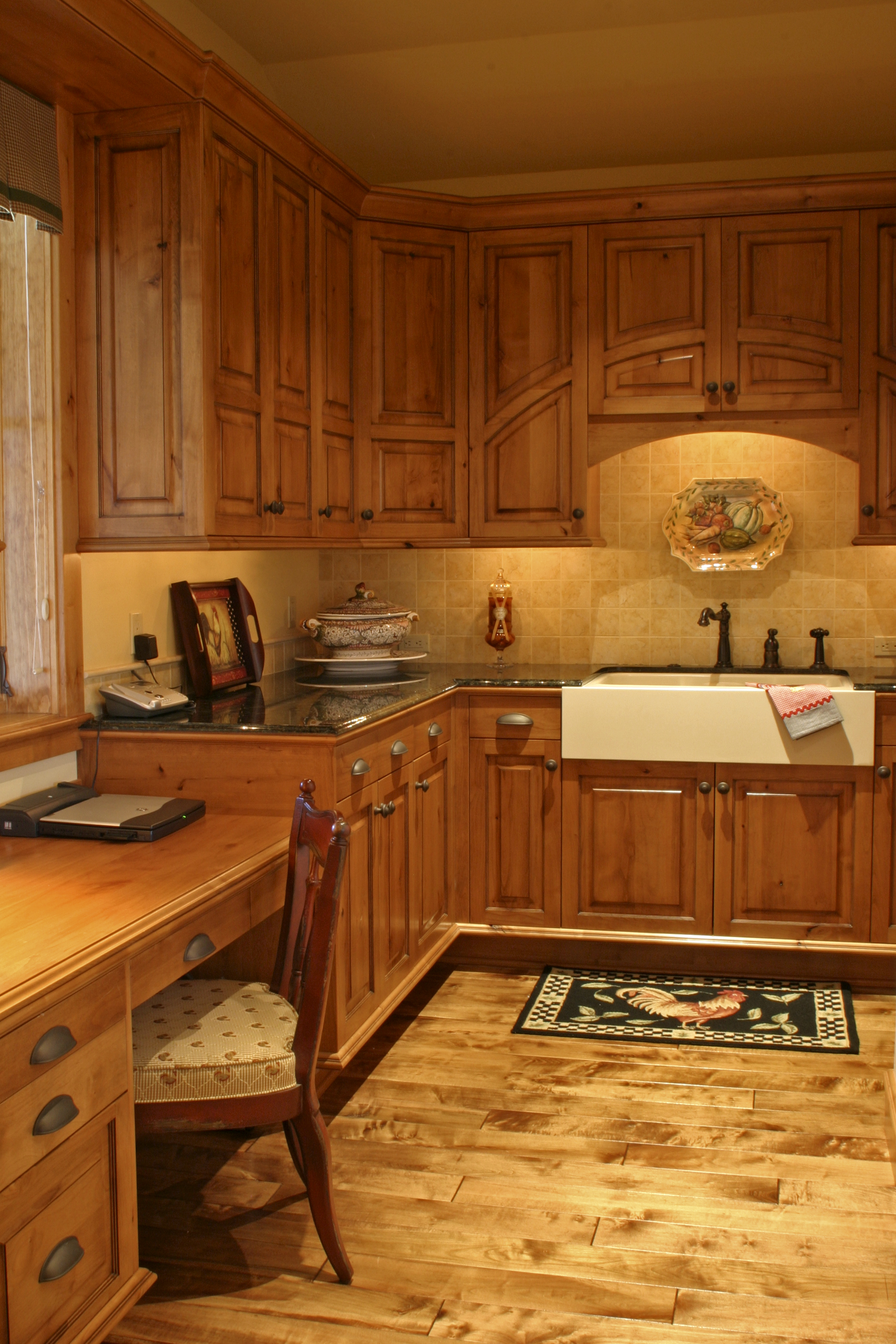 kitchen_den_1.jpg