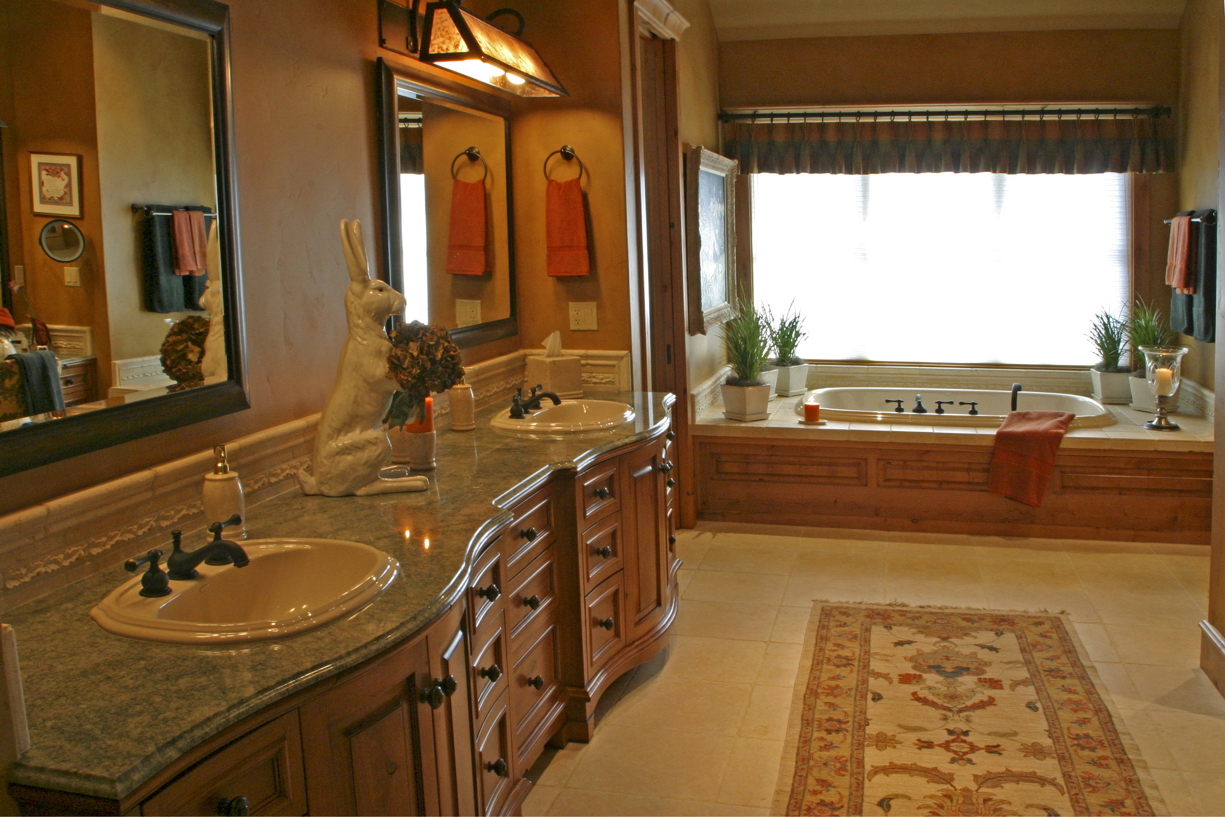 Master_bathroom_H_overview_2.jpg