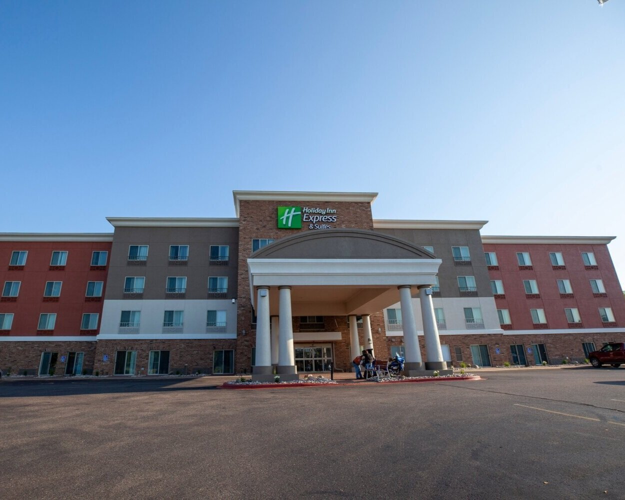 Holiday Inn Express and Suites, Weston, WI