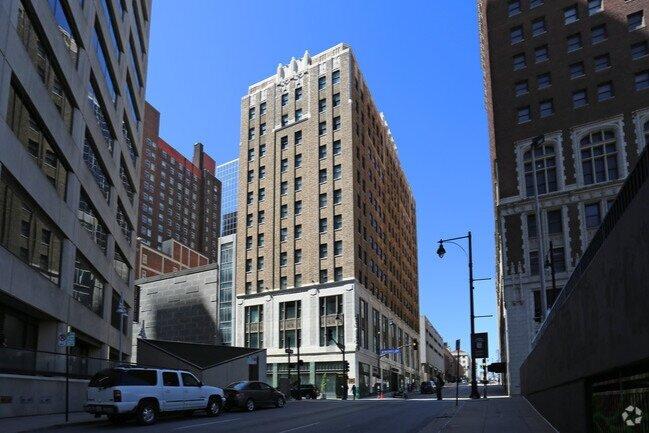 Fairfax Loft Apartments.jpg