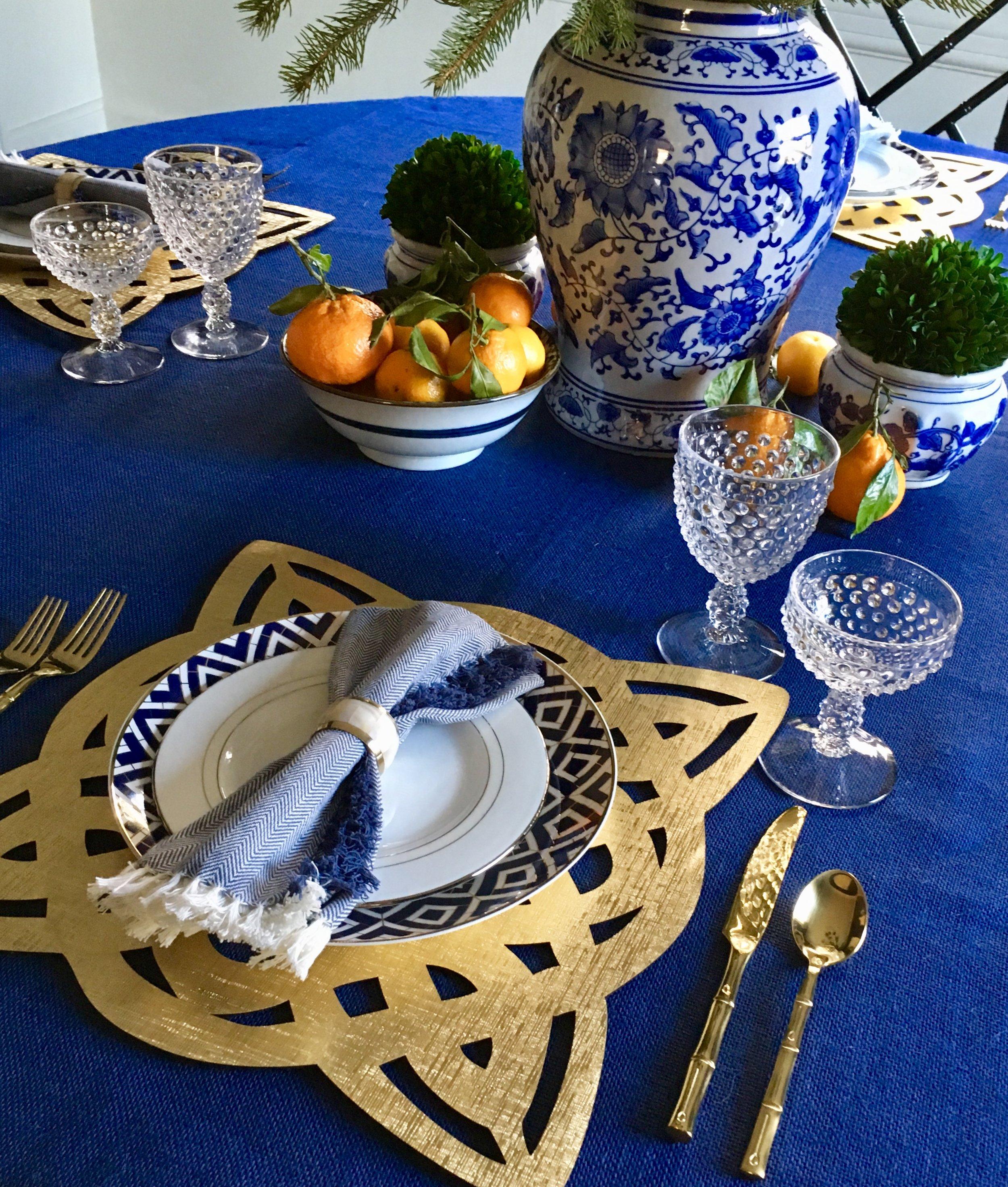 Christmas Dining Table 1.JPG