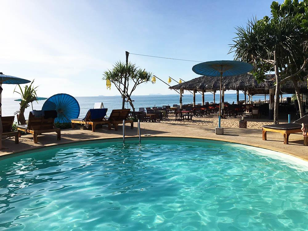 Nice Beach Resort på Koh Lanta