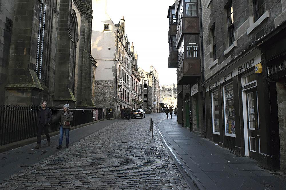 streetsofedinburgh.jpg