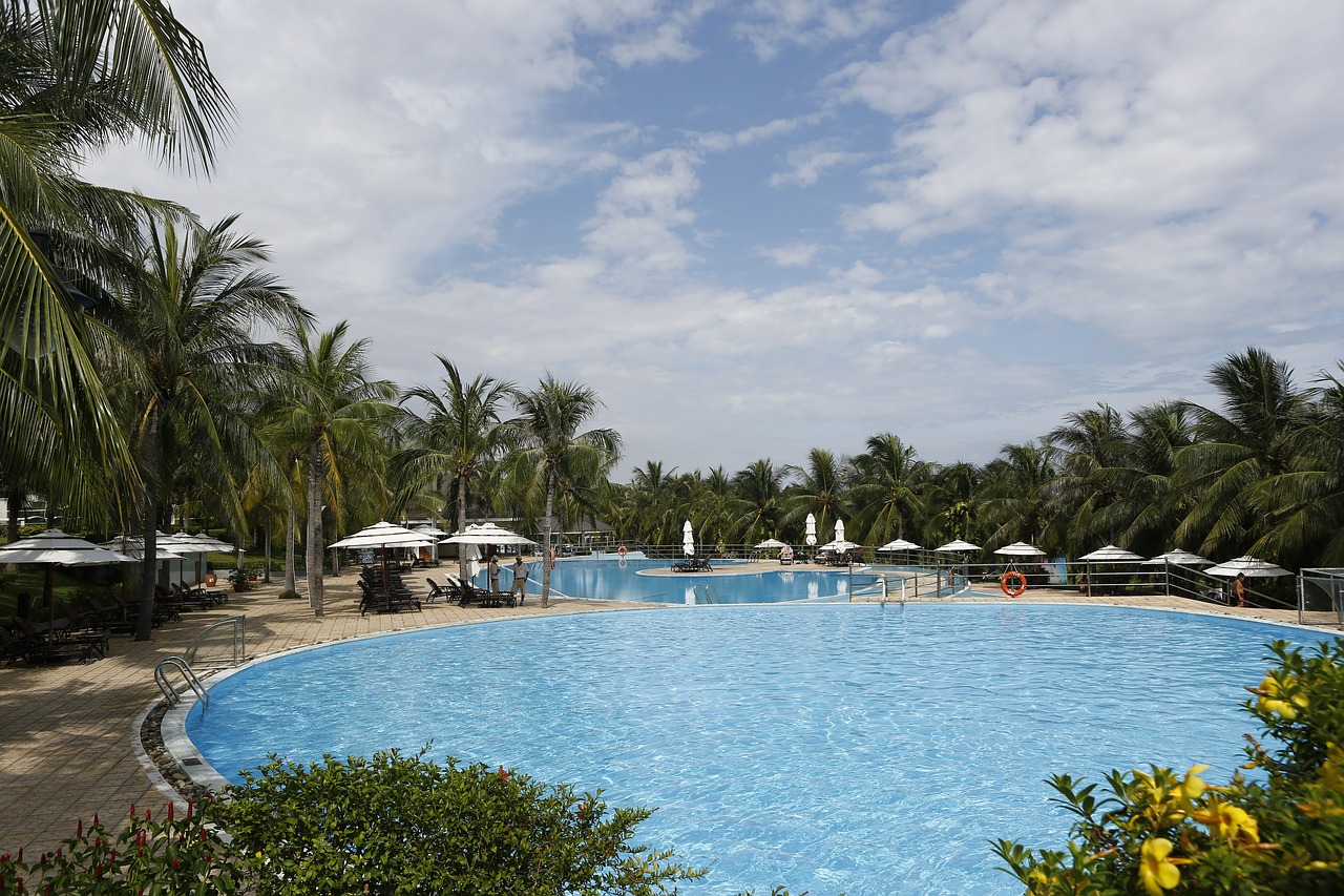 sun-spa-resort-2152106_1280.jpg