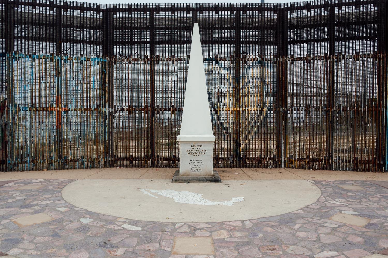 Tijuana-Mexico-SanDiego-Border-Fence-Monument.jpg