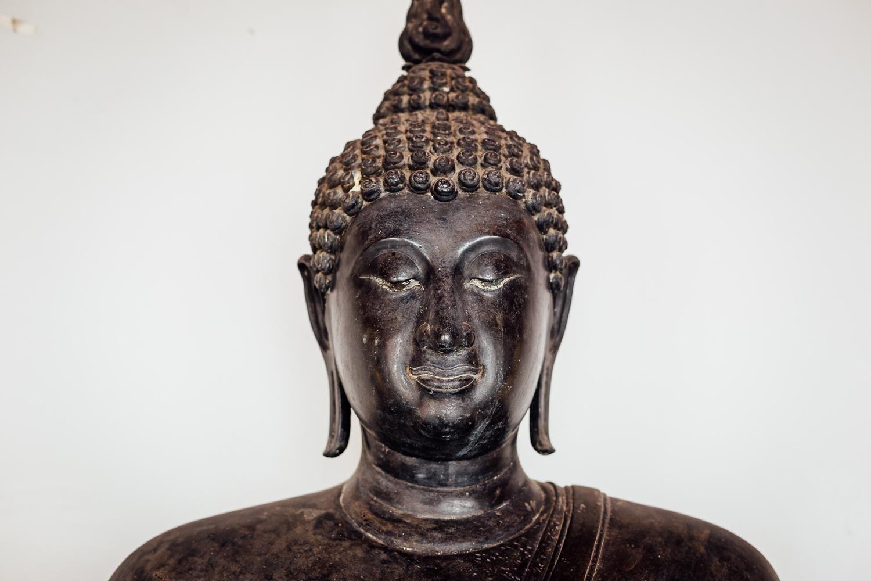 Bangkok-Thailand-Travel-Photography-Golden-Smile-Statue-8.jpg