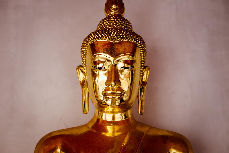 Bangkok-Thailand-Travel-Photography-Golden-Smile-Statue-2.jpg