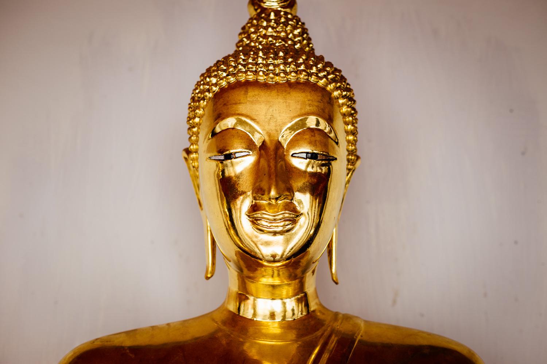 Bangkok-Thailand-Travel-Photography-Golden-Smile-Statue-7.jpg