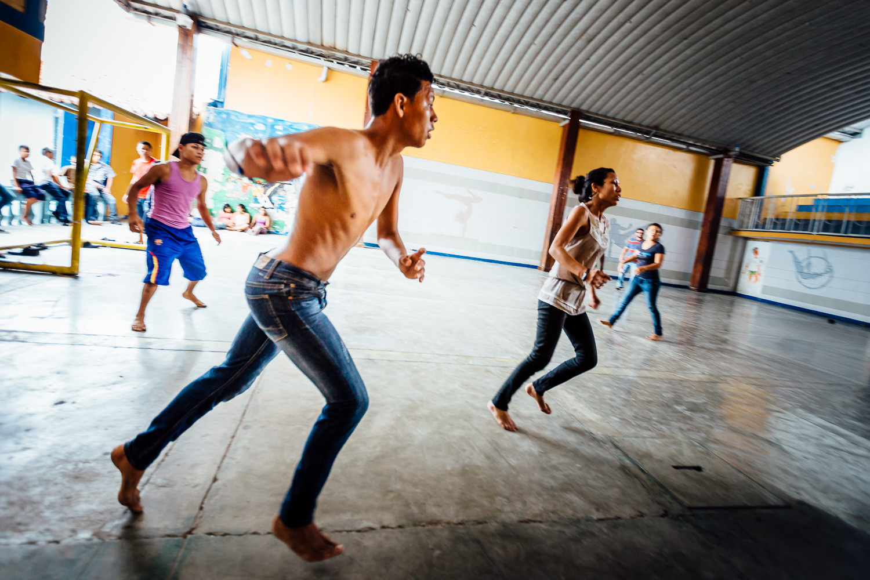 Honduras-Travel-Photography-Soccer-Action-Kids-Indoor